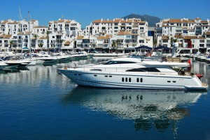 In Marbella ankern heute vor allem Speed-Boote und Yachten.