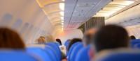 Ansteckungsgefahr im Flugzeug: Erkältungen mit einfachen Mitteln vorbeugen