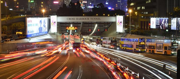 Tunneldurchfahrt: Bei Stau und Panne Ruhe bewahren