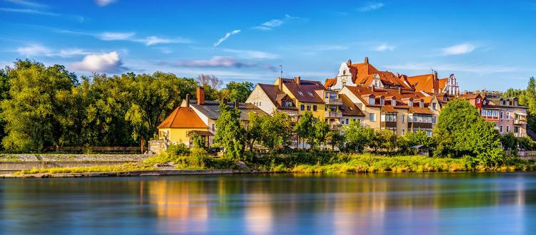Entlang von Burgen, Flüssen und Felsen - Stadt-Land-Fluss-Wandern rund um Regensburg