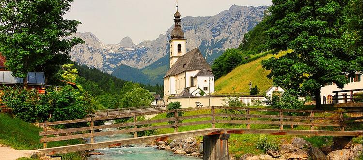 Einfach und praktisch: Urlaub im eigenen Land ist bei den Deutschen beliebt